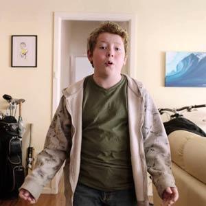 Un niño da un discurso sobre la vida en la nueva campaña de Ikea,