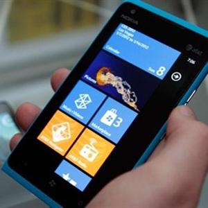 Microsoft empezó a negociar la compra de Nokia en el MWC de Barcelona en febrero