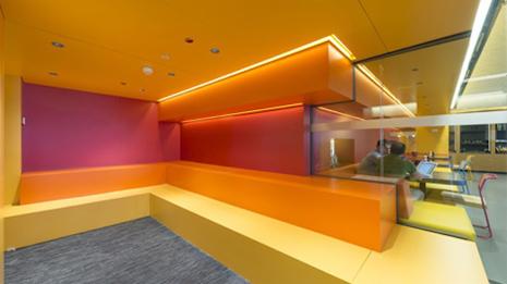 As es el nuevo aspecto de las oficinas de google en for Oficinas del inss en madrid capital