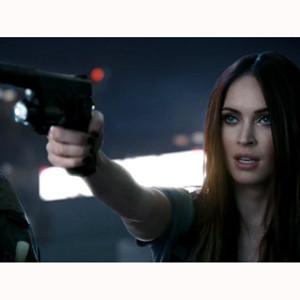 Call of Duty, Megan Fox y Frank Sinatra: un impresionante cóctel de acción promocional