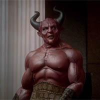 Kmart se alía con el mismísimo Satán en su última campaña