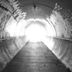 Para ver la luz al final del túnel,