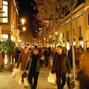 Las familias españolas gastarán hasta 1.500 euros más estas navidades