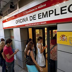 El Gobierno destinará hasta 2,5 millones de euros para publicitar su reforma laboral