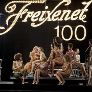 Freixenet brinda por sus 100 años con burbujas de todas las épocas