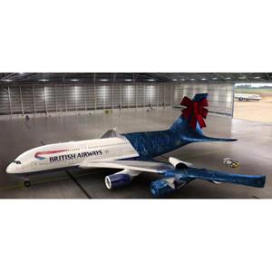 British Airways sortea regalos navideños por desenvolver un Jumbo A380 digital