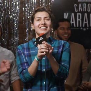 Heineken pone en un buen aprieto a los cantantes de un karaoke en su última campaña