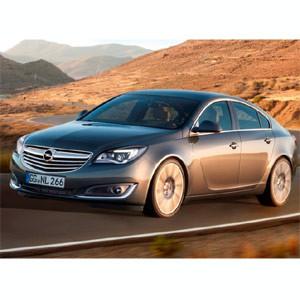 Opel y MRM presentan el coche más innovador del mercado, el nuevo Opel Insignia, con una rompedora acción