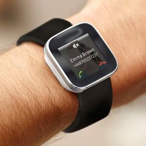 Siri podría ser la respuesta para hacer al fin inteligentes a los smartwatch
