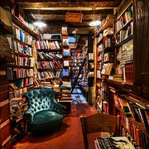 La edición de libros en España cerró 2013 con una caída del 15%