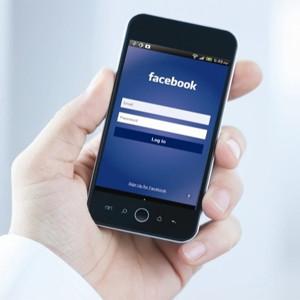 La publicidad móvil pisa a fondo el acelerador en Facebook, pero la red social tiene una