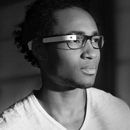 Un hombre expulsado del cine e interrogado por el FBI por llevar las Google Glass