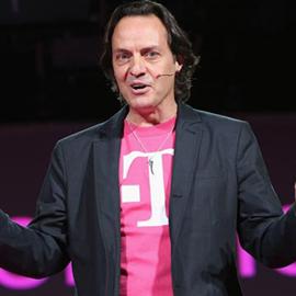 El CEO de T-Mobile es expulsado de una fiesta de la competencia en #CES2014