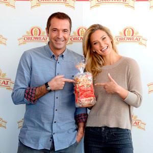 Bar Refaeli y Manu Carreño serán la imagen de Oroweat, el pan de semillas y cereales de BIMBO