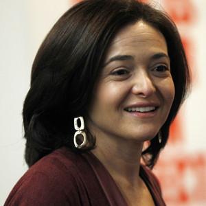 Los 5 superpoderes de Sheryl Sandberg, la superheroína de Facebook