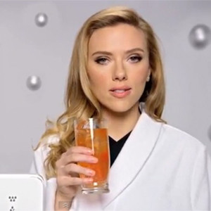 El spot de Scarlett Johansson para Sodastream provoca el