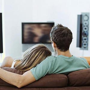 Telecinco es la cadena elegida para ver en solitario y Antena 3 para ver en grupo