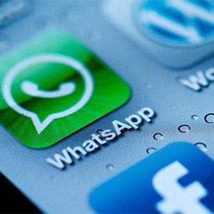 Atisbando lo que nos depara el universo móvil en 2014: ¿smartphones para todos y un nuevo rival para WhatsApp?