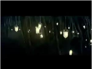 IKEA crea un bosque 'mágico' con lámparas para su último anuncio