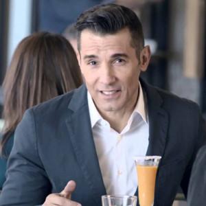 Jesús Vázquez se estrena como embajador de Vitaldent en su nueva campaña