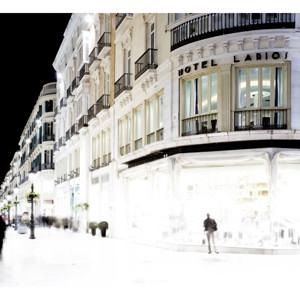El emblemático edificio del Hotel Room Mate Larios celebra su 20º Aniversario