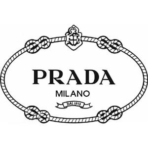 Así es como Prada consiguió disparar sus ventas siguiendo la estrategia de Apple