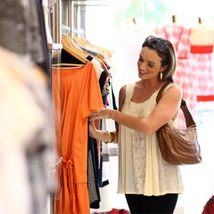 El 70% de los compradores va a las tiendas físicas con los deberes hechos de casa