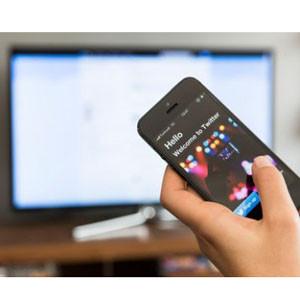 Los hashtags y tuits se convierten en las herramientas esenciales a la hora de ver la televisión