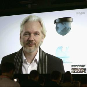 Julian Assange advierte en el SXSW que