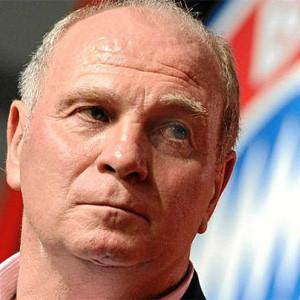 El presidente del Bayern de Múnich dimite y deja así de ser un quebradero de cabeza para los sponsors del club