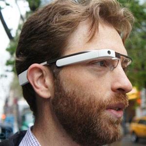 Cuidado si utiliza Google Glass, su pasión por las tecnologías pueden convertirle en un antisocial