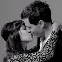 Veinte extraños besándose por primera vez, el nuevo fenómeno de la red