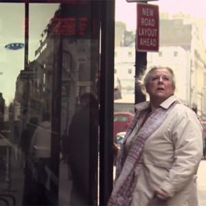 Pepsi llena Londres de ovnis y robots gigantes en una campaña