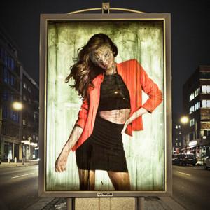 Vermibus, el artista urbano que convierte los carteles publicitarios en obras de arte
