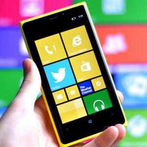 El primer smartphone de Nokia para Microsoft tiene nombre de superhéroe y estará especializado en selfies