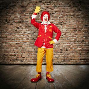 El mítico payaso Ronald McDonald cambia de look por primera vez en 9 años