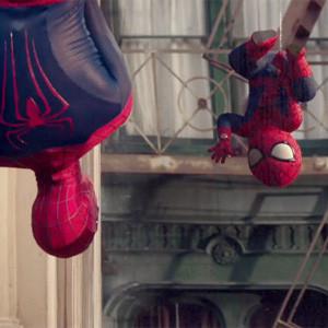 Un Spiderman bebé saca a relucir el lado más