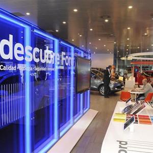 Ford levanta el telón de su primera Ford Store en Barcelona