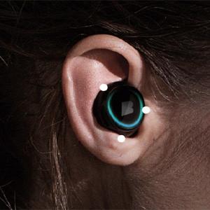 De los 'wearables' a los 'hearables': el futuro de la tecnología que se pone está en nuestras orejas
