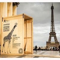 París se llena de animales salvajes para promocionar la nueva temporada del zoo