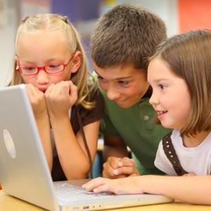 La mayoría de los niños entra en internet todos los días, para jugar online o ver vídeos