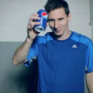 Frente a los patrocinadores del Mundial, Pepsi lanza su campaña 'futbolera' más ambiciosa