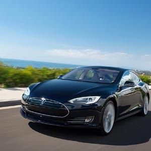 Telefónica conectará a internet los coches de Tesla Motors en Europa