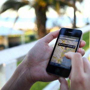 El 92% de los europeos no puede separarse de su móvil cuando viaja