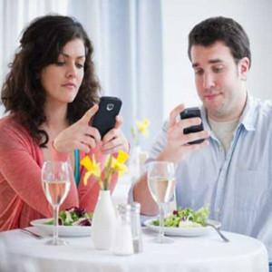 ¿Se imagina la vida sin WhatsApp y sin Facebook? Un nuevo reality show nos muestra cómo sería esta 'pesadilla'