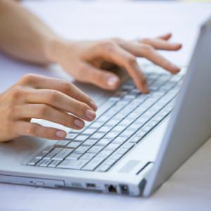 El 2014 acabará con 3 millones de internautas, el 40% de hogares tendrán acceso a internet