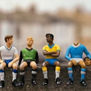 En la BBC el Mundial de Fútbol no lo juegan futbolistas de carne y hueso sino diminutas figuras de plástico