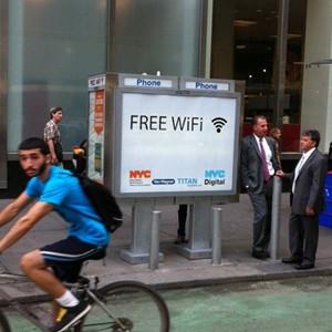Nueva York va a reciclar sus cabinas telefónicas para establecer puntos de WiFi gratuitos