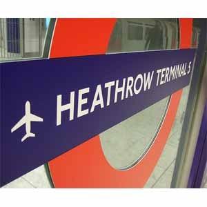 Samsung 'toma' el aeropuerto de Heathrow para promocionar su nuevo Galaxy S5