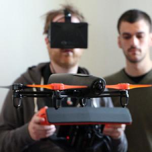 Parrot se alía con Oculus Rift para mejorar la experiencia de volar drones